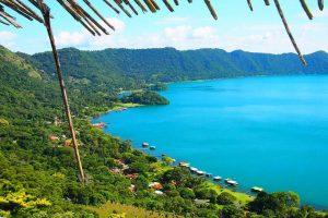 Lago de Coatepeque y Casa Cristal Q225 Mayo