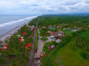 Las Hojas Resort Q250
